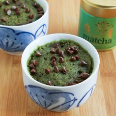 I'm very excited to share with you my Matcha Monday post this week!  I've put together a super simple recipe for a Chocolate Chip Matcha Mug Cake that's a total no brainer to whip up.  Less than 2 ...