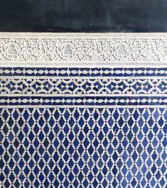 Moroccan zelliges mosaic tiles Handmade Architecture Exam, Moroccan Tiles, Style Tile, Marrakech, Mosaic Tiles, Restaurant, Bar, Table, Handmade