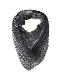 Crochet Potholder Patterns, Free Crochet Bag, Crochet Animal Patterns, Crochet Baby Shoes, Crochet Ideas, Crochet Shark, Giraffe Crochet, Crochet Cluster Stitch, Selling Crochet
