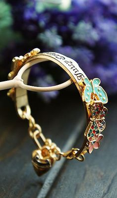 Sweet Butterfly and flower bracelet #AhaiShopping