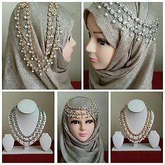 Head chain with hijab – Hijab Fashion 2020 Saree With Hijab, New Hijab, Bridal Hijab Styles, Hijab Turban Style, Hijab Style Tutorial, Stylish Hijab, Headpiece Jewelry, Hijab Fashion, Muslim Fashion