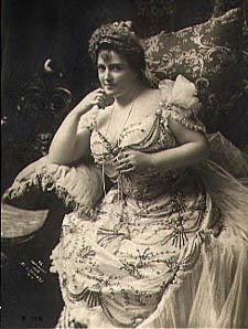 Lillian Russell was considered one of the most beautiful women of her time and she weighed around 200 pounds.