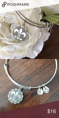 Alex and Ani | Fleur di lis silver bangle Alex and Ani | Fleur di lis silver bangle Alex and Ani Jewelry Bracelets