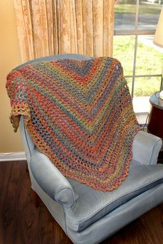 Morning Has Broken and other awesome free crochet shawl patterns featured at mooglyblog.com - all take 450 yds or less of yarn!