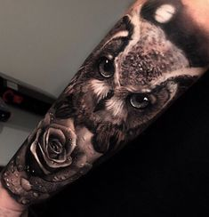 Today we're going to step again into the world of animal tattoos bringing you 50 of the most beautiful owl tattoo designs, explaining their meaning. White Owl Tattoo, Owl Tattoo Small, Nature Tattoos, Body Art Tattoos, Sleeve Tattoos, Animal Sleeve Tattoo, Tattoo Designs, Owl Tattoo Design, Owl Tattoo Drawings