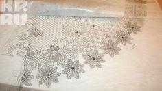 Эскиз платья четко прорисован, чтобы кружевницам было проще работать