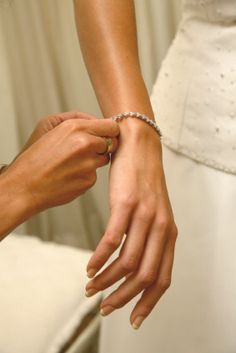 Classic, elegant wedding jewellery.