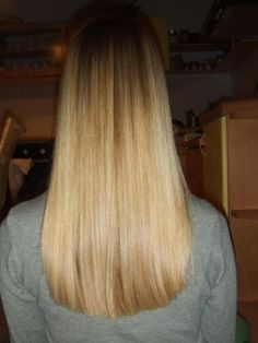 Blunt cut, slightly curved...this will be my hair