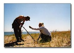 Beginner detecting tips to help you find more treasure. Buying the best metal detector, research new spots, dig everything on the beach Metal Detecting Tips, Metal Detector Reviews, Garrett Metal Detectors, Outdoor Gadgets, Gold Prospecting, Outdoor Gifts, Country Music Artists, Hard Metal, Conquistador