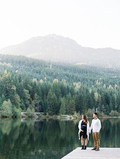 mountain maternity photos in Canada