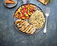4 jours à 23 unités SmartPoints® | Weight Watchers Déjeuner : poulet, blé et ratatouille (13 unités SmartPoints) Faire revenir 1 filet de poulet (0) dans 1 cc d'huile d'olive (1) avec 150 g de mélange de légumes pour ratatouille surgelés nature (0) saupoudrés d'1 cc d'herbes de Provence. Accompagnez de 150 g de blé cuit (6). Terminer le repas avec 1 tranche de pain complet de 25 g (2) et 30 g de mimolette (4).