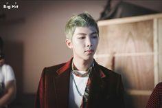 BTS: съемки фото-концепта WINGS | YESASIA