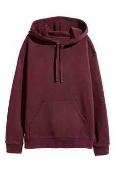 Wide hooded top in sweatshirt fabric with dropped shoulders, a jersey-lined drawstring hood, kangaroo pocket and ribbing at the cuffs and hem. Trendy Hoodies, Cute Sweatshirts, Hooded Sweatshirts, Pullover Hoodie, Sweater Hoodie, Hoody, Cute Lazy Outfits, Casual Outfits, Jugend Mode Outfits