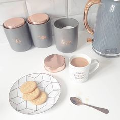 Grey and rose gold kitchen cannisters Grey and rose go. Grey and rose gold kitchen cannisters Grey and rose gold kitchen cannisters Rose Gold Kitchen Accessories, Home Accessories, Copper Accessories, Copper And Grey Kitchen, Pink And Grey Kitchen, Copper Kitchen Decor, Rose Gold Decor, Vinyl Wallpaper, Home Decor Kitchen