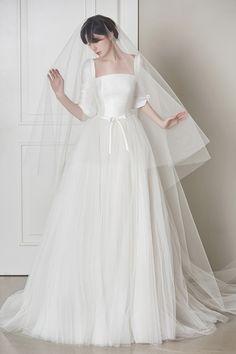로브드케이 ROBE DE K Civil Wedding, Dream Wedding, Wedding Stuff, Rustic Wedding, Beautiful Dresses, One Shoulder Wedding Dress, Marie, Wedding Decorations, White Dress