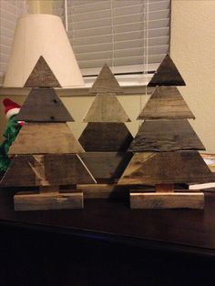 our sweetheart project begins ejcsmall pallet wood christmas trees christmas