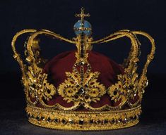 From the Danish Crown Jewels, The Queen's Crown, made for Queen Sophie Magdalene by court jeweller Frederik Fabritius in 1731. It was in use until 1840. The table-cut stones are believed to have come from Queen Sophie Amalie's crown from 1648.