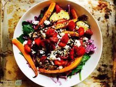 Mein liebstes Spinat-Salat Rezept und meine goldenen Salat-Regeln. Gesund, einfach und lecker!