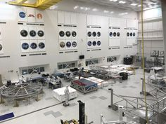 I spy with my little eye... Mars 2020 : space