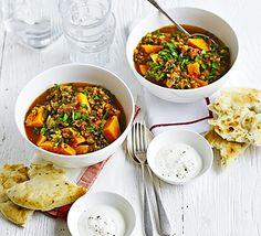 Lentilha com Curry e Batata Doce   https://www.facebook.com/vegetarianossim/photos/a.1433014513624321.1073741828.1432765226982583/1487025114889927/?type=1&theater