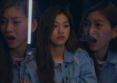 Super Funny Memes, Cute Memes, Meme Faces, Funny Faces, Kim Doyeon, Beautiful Moments, Kpop Groups, Kpop Girls, Girl Group