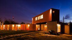 Tienda y oficinas Muebles Gacitúa / DX Arquitectos