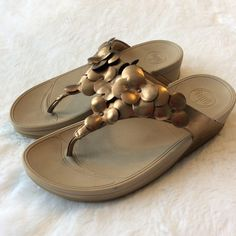 609a526bc18 36 Best Fitflop sandals images