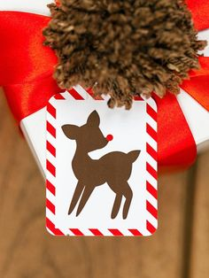 Printable reindeer gift tag>> http://www.hgtv.com/handmade/25-creative-gift-wrap-ideas/pictures/page-13.html?soc=pinterest
