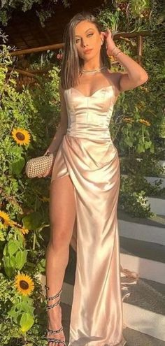 Senior Prom Dresses, Strapless Prom Dresses, Prom Outfits, Gala Dresses, Dress Prom, Prom Dreses, Chiffon Dresses, Disney Dresses, Party Dresses