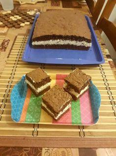 Kakaós piskóta, grízes főzött krémmel töltve! Minket teljesen elbűvölt a különleges krém! Torte Cake, Tiramisu, Food And Drink, Sweets, Drinks, Cooking, Ethnic Recipes, Diet, Mascarpone