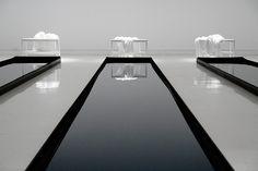 white-fleur: unterra: plvtform: mvrket: puurx: villea: seushi: fukcist: opixm: crystal-instinct: mnmxl: huvv: (via anjes, mitochondria) Spa Interior, Modern Interior Design, Amazing Architecture, Interior Architecture, Minimal Photography, White Photography, Best House Plans, Swimming Pool Designs, Cool Pools