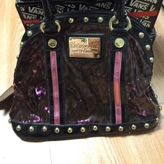 Betsey Johnson Betseyville Shoulder Bag Super cute translucent black and pink leopard shoulder bag. Inside the bag there's a small zipper pouch connected with a clasp, perfect size for lip glosses! Betsey Johnson Bags Shoulder Bags