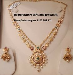 Jewelry OFF! Check Out These Small ( Stunning) Gold Necklace Designs Gold Necklace Simple, Gold Jewelry Simple, Gold Necklaces, Pearl Necklace, Gold Earrings Designs, Necklace Designs, Jhumka Designs, Gold Designs, Gold Wedding Jewelry