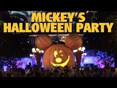 Mickey unleashes your favorite villains and ghosts for his annual Halloween Party! Mickey's Halloween Party is a special ticketed event that lets you explore. Halloween Time At Disneyland, Mickey Halloween Party, Disneyland Resort, Pumpkin Carving, Pumpkin Topiary
