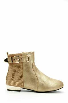 K - gold boots e5p