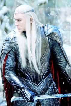 Lee Pace as Thranduil in The Hobbit movies The Hobbit Thranduil, Lee Pace Thranduil, O Hobbit, Thranduil Cosplay, Tauriel, Aragorn, Gandalf, Elf King, Elfa