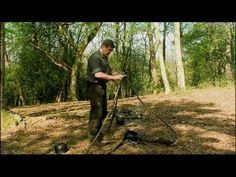 Ray Mears - How to make a cooking tripod for a single pot, Wild Food