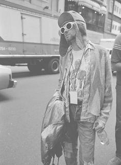 Kurt Cobain Photos: Jesse Frohman's Images Capture An Idol In His Last Days