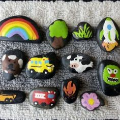 Story stones will help your kids develop their storytelling skills, sequencing and encourage imagination. A fun, entertaining and educational activity. Family Crafts, Crafts For Kids, Arts And Crafts, Diy Crafts, Daycare Crafts, Story Stones, Stone Painting, Rock Painting, Diy Toys