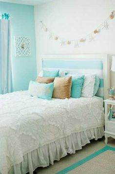 Lovely Turquoise Teen Bedroom Designs 15 Best Images About Turquoise Room Decorations Teen Bedroom Designs, Cute Bedroom Ideas, Bedroom Themes, Bedroom Inspiration, Color Inspiration, Bleu Tiffany, Tiffany Blue Bedroom, Turquoise Teen Bedroom, Bedroom Turquoise