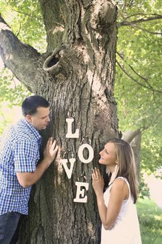 engagement photos. love.