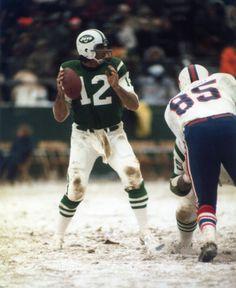 Joe Namath/ Real Football' Jets Football, Nfl Football Players, Football Moms, Football Stuff, School Football, Alabama Football, Sports Images, Sports Photos, Nfl Photos