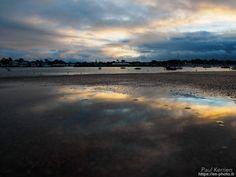 éclaircie en fin de journée : reflet sur une flaque du môle  - à Ile-Tudy  - 24 décembre 2017   © Paul Kerrien 2017 https://en-photo.fr #Finistère Bretagne
