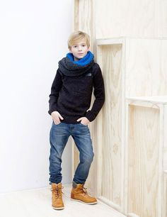 A cute & fancy collection of autumn winter kids casual outfits. Take a look and enjoy these adorable kids casual outfits. Preteen Boys Fashion, Little Boy Fashion, Kids Fashion Boy, Young Fashion, Teen Fashion, Moda Junior, Fashion Trends 2018, Boys Winter Clothes, Baby Boy Swag