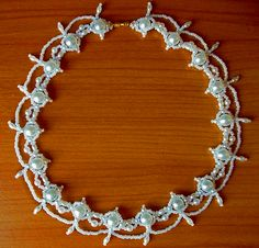 Free pattern for beaded necklace Whiteness  Click on link to get pattern - http://beadsmagic.com/?p=7091