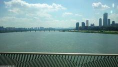 Río Hangang desde un puente de Seúl.