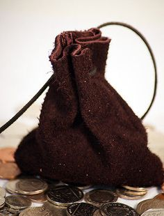 Money/coin/gaming/dice/pouch/bag brown #suede #leather re #enactor/larp/cosplay,  View more on the LINK: http://www.zeppy.io/product/gb/2/271631958865/