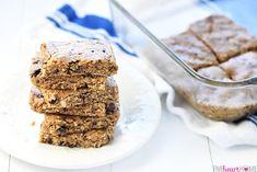 Oatmeal Peanut Butter Energy Bars, NoBake Peanut Butter, Chia and Oatmeal Energy Balls Without Dates, NoBake Peanut Butter, Chia and Oatmeal. Healthy Bedtime Snacks, Healthy Protein Snacks, Healthy Sugar, Vegan Snacks, Healthy Desserts, Protein Bars, High Protein, Healthy Bars, Healthy Recipes