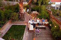 """GrowsgreenSunset Mag--garden in SF that creates the feeling of """"rooms"""" using minimal grass."""
