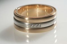 18K red gold, platinum and diamond men's wedding band by Coge #igorman #coge